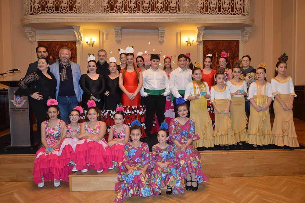 C Real escela de flamenco