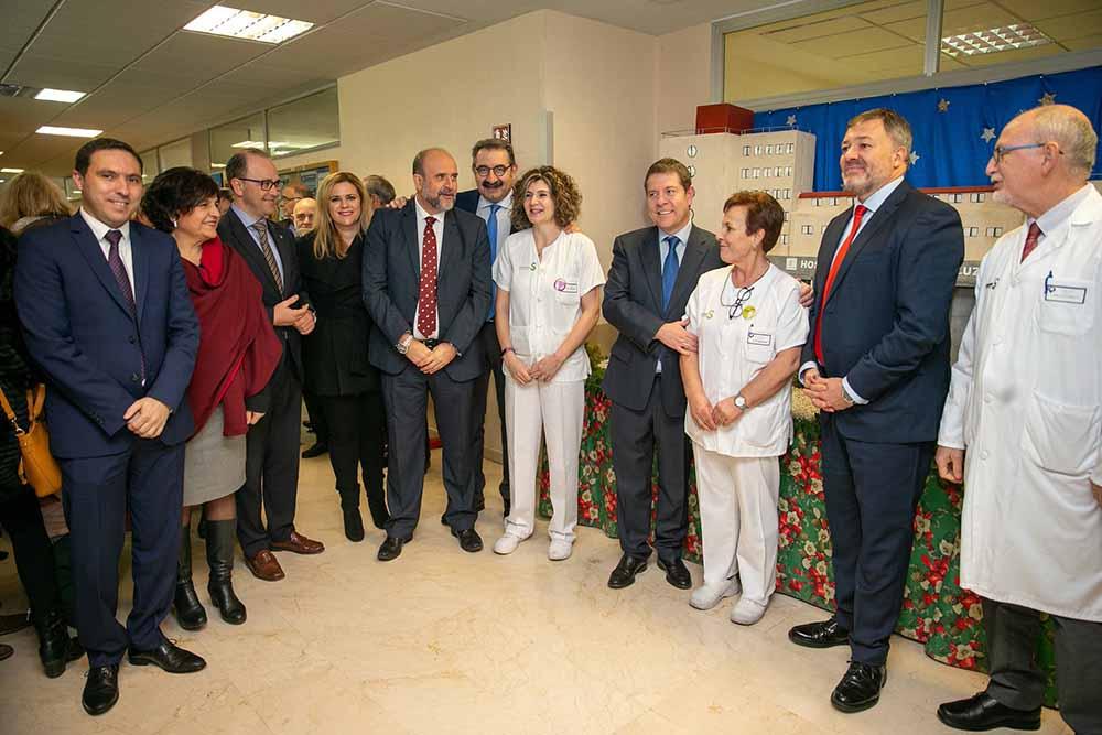 Emiliano García-Page en el Hospital de Cuenca