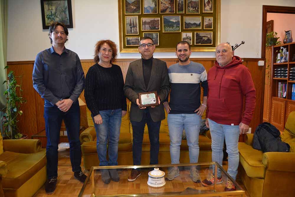 Fernando Muñoz visita Fútbol Sala Atlético Bargas 11012020