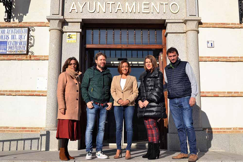 Foto archivo Alcaldesa Olías del Rey y equipo gobierno