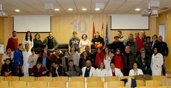 Jóvenes con necesidades especiales aprenden en el Hospital de Villarrobledo