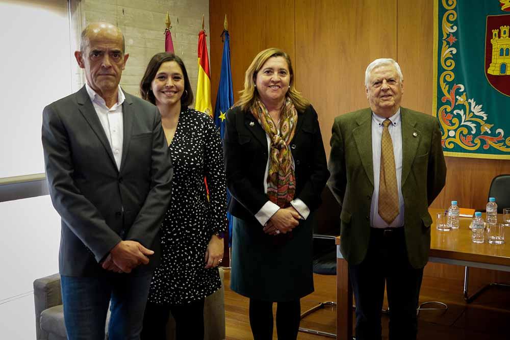 Reunión consejera Educación-Real Academia Bellas Artes Toledo