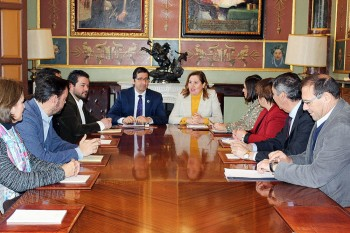 Rosa Ana Rodríguez, se ha reunido hoy con el presidente de la Diputación de Ciudad Real, José Manuel Caballero1