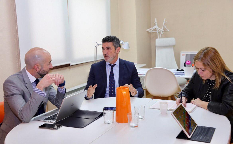 reunion Carmen Picazo y David Muñoz con ATA