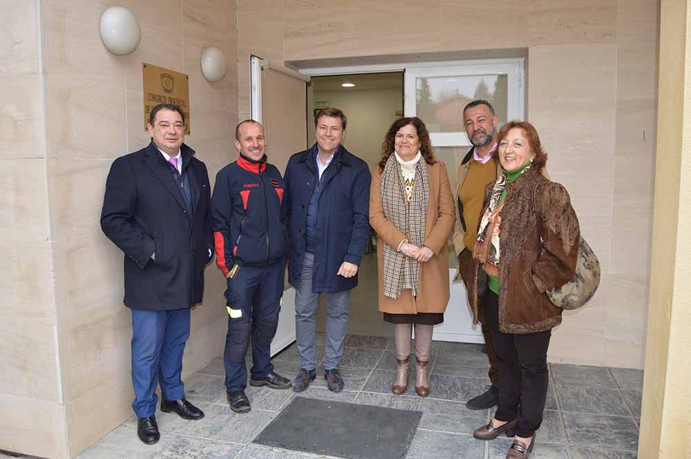 Diputados PP visitan el Parque de Bomberos de Toledo - 200220 (3)