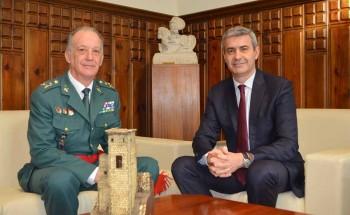Álvaro Gutiérrez recibe al general Francisco Esteban Pérez (1) 10032020