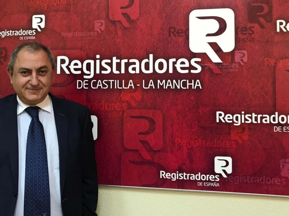 Alberto Delgao presidente registradores CLM