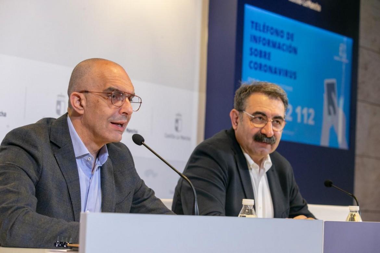 Jesús Fernández Sanz y el director general de Salud Pública, Juan Camacho