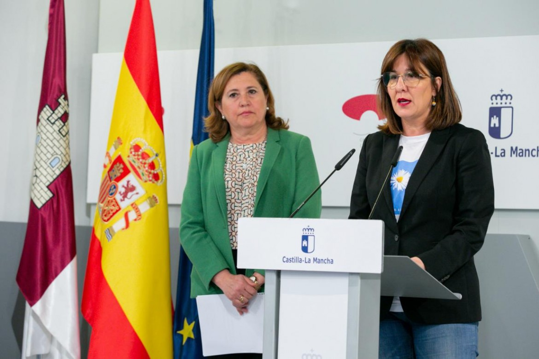 R Ana Rodríguez y Blanca Fernández