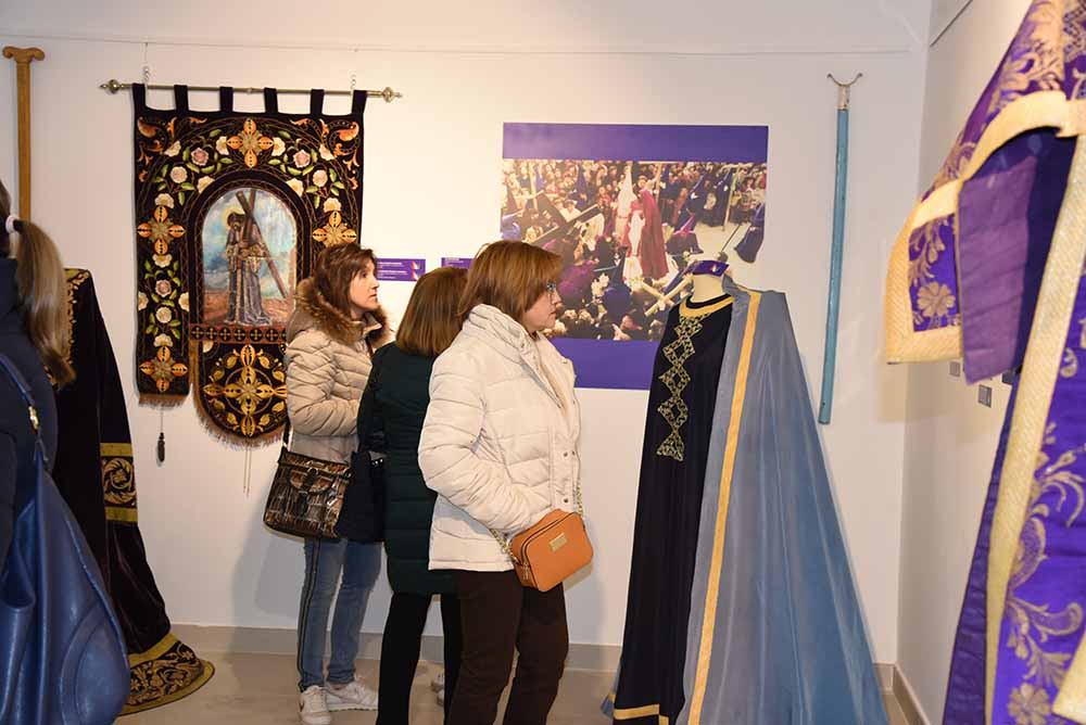 Quintanar foto expo semana santa acto de inauguración