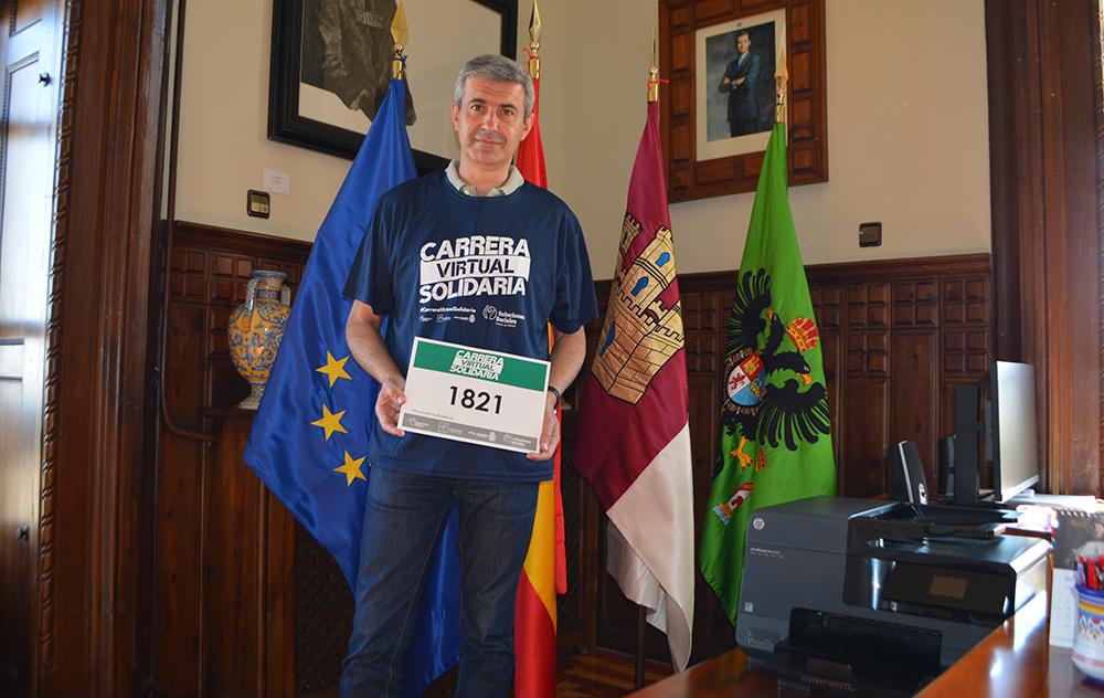 Álvaro Gutiérrez apoya la carrera solidaria de Eurocaja Rural 24062020