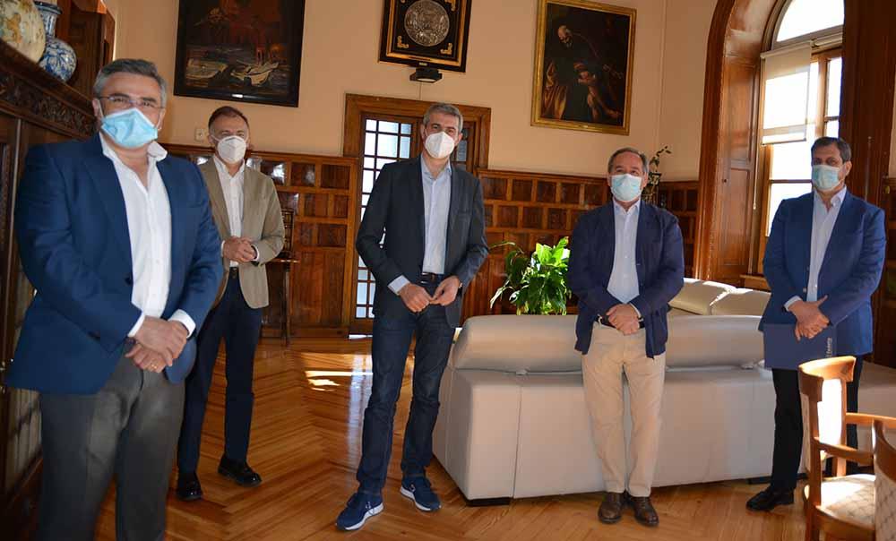 Álvaro Gutiérrez foto 3 reunión Fedeto iniciativas 09062020