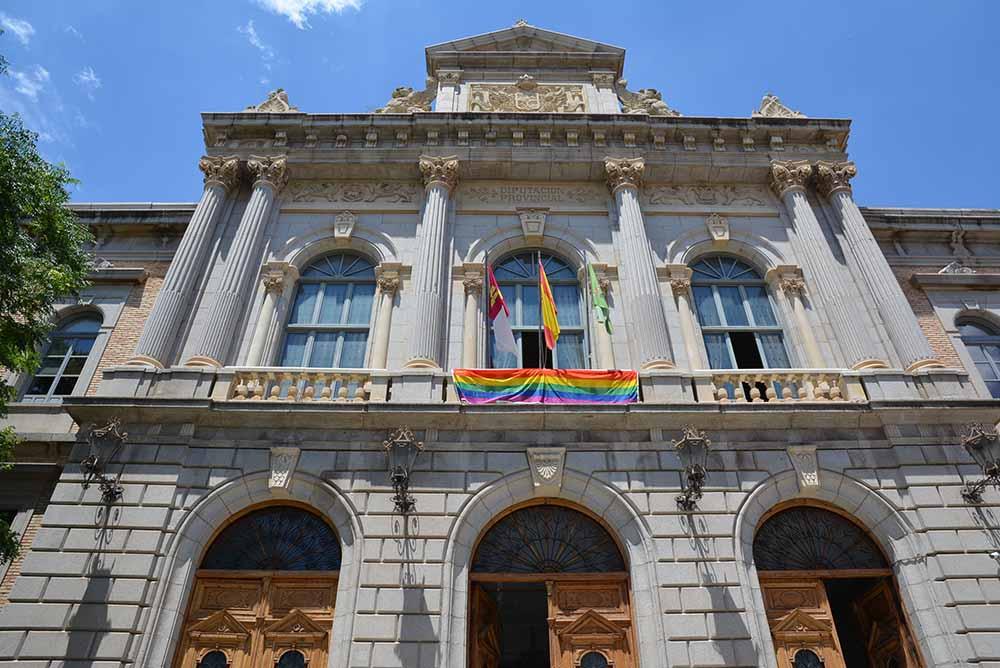 bandera arcoíris fachada Diputación 26062020