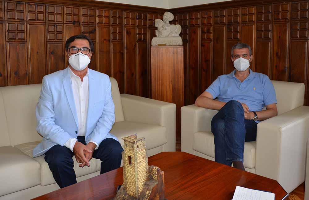 Álvaro Gutiérrez reunión alcalde Burguillos julio2020