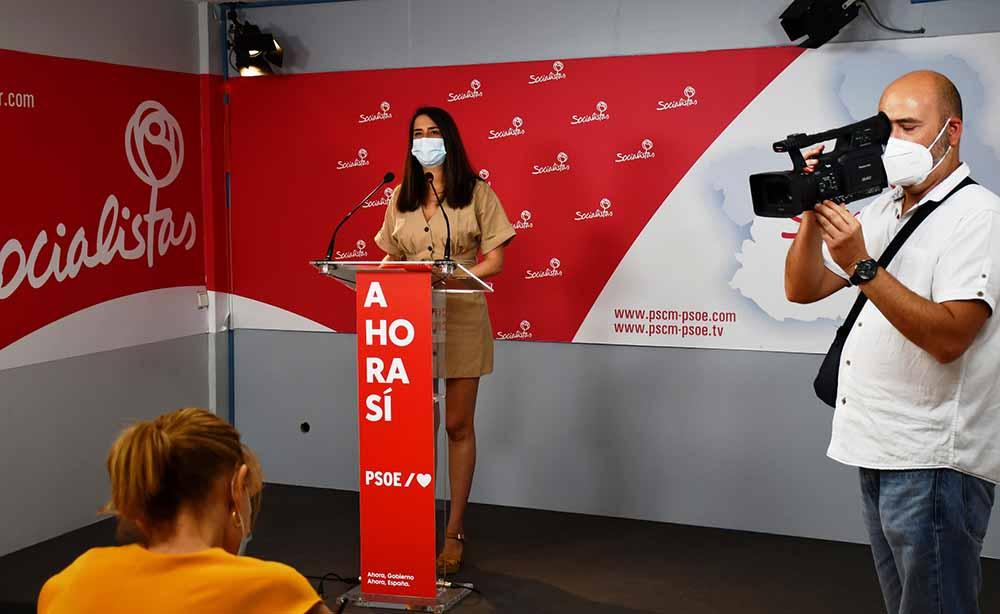 Cristina Lopez en rueda de prensa