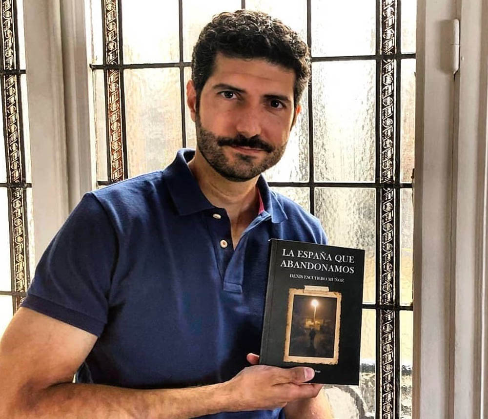 Denis Escuderto Autor libro (1)