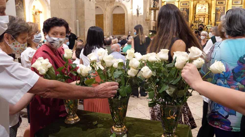 Pastrana rindió homenaje a voluntarios 3