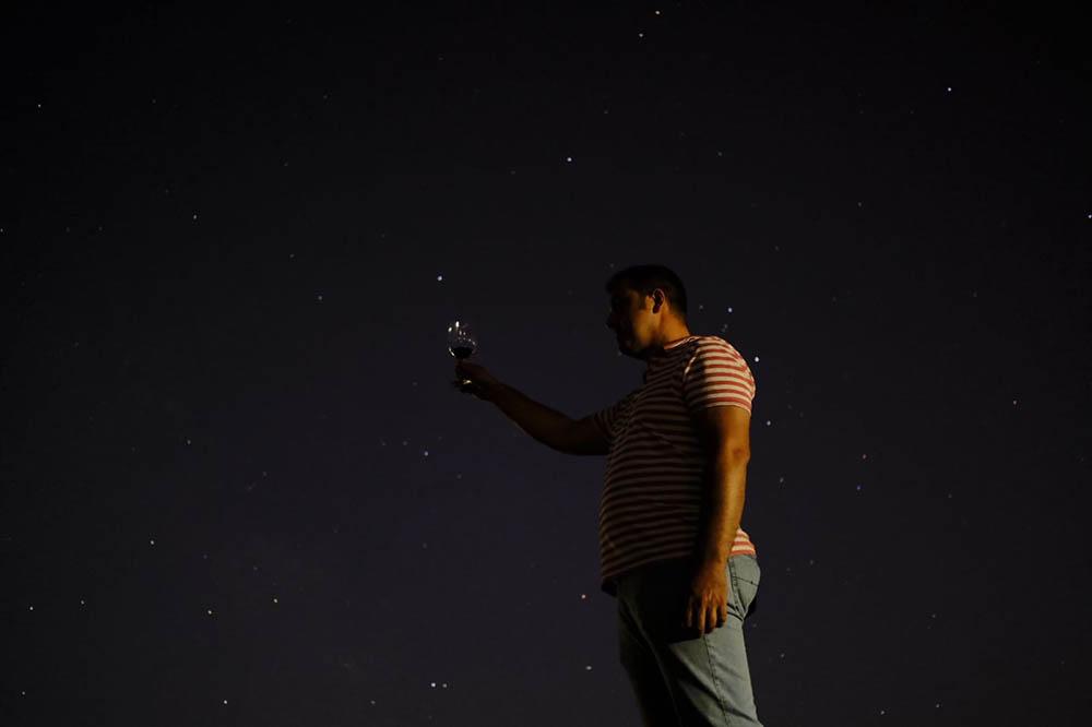 Quintanar cata bajo las estrellas