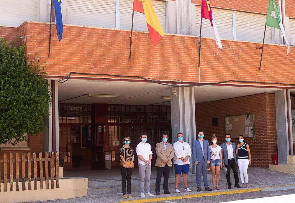 Visita Delegado al IES Tomás Romojaro Fuensalida. Obras RAM (6)