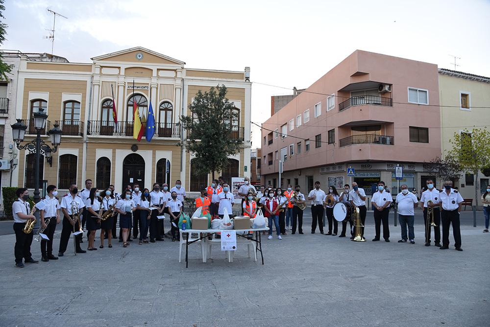 Quintanar UMQ pasacalles2