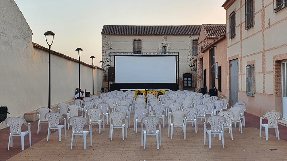 Todo a punto para la celebración de otras de las sesiones del VII Festival Internacional de Cine de Calzada de Calatrava