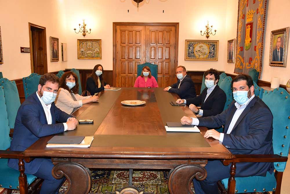 reunión alcaldesa con Mercadona