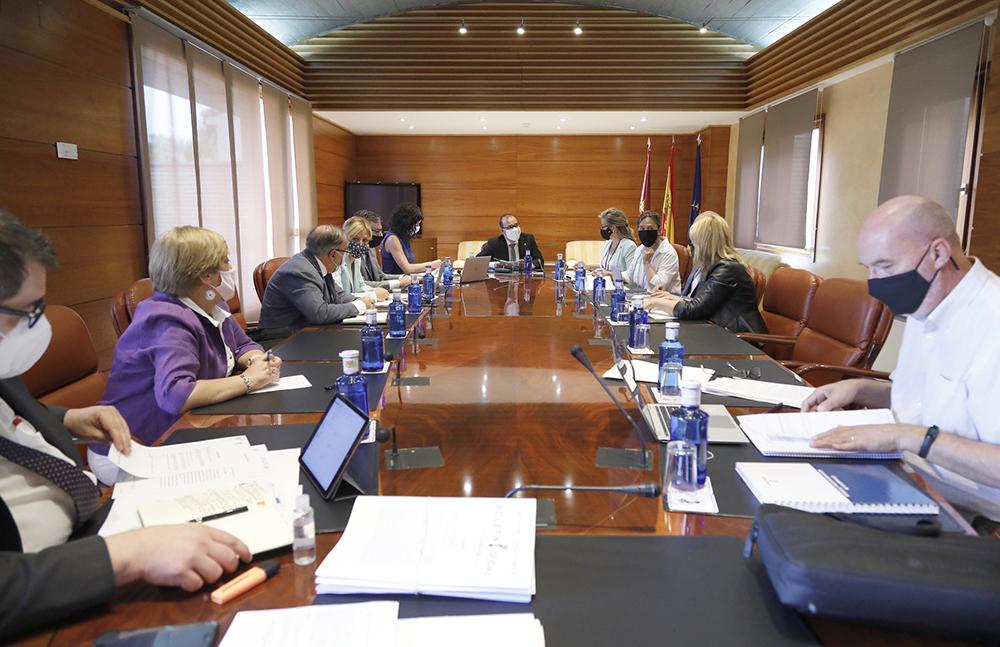 Mesa de las Cortes