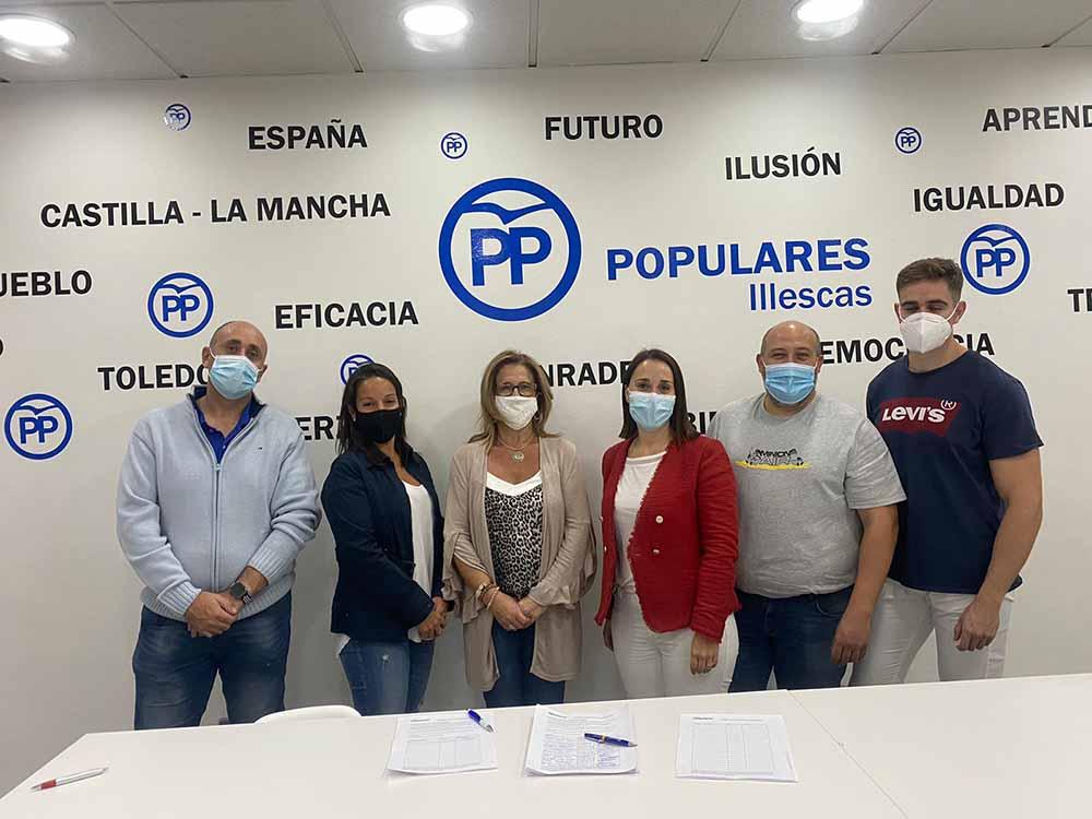 Campaña recogida firmas okupación Illescas - 131020 (1)