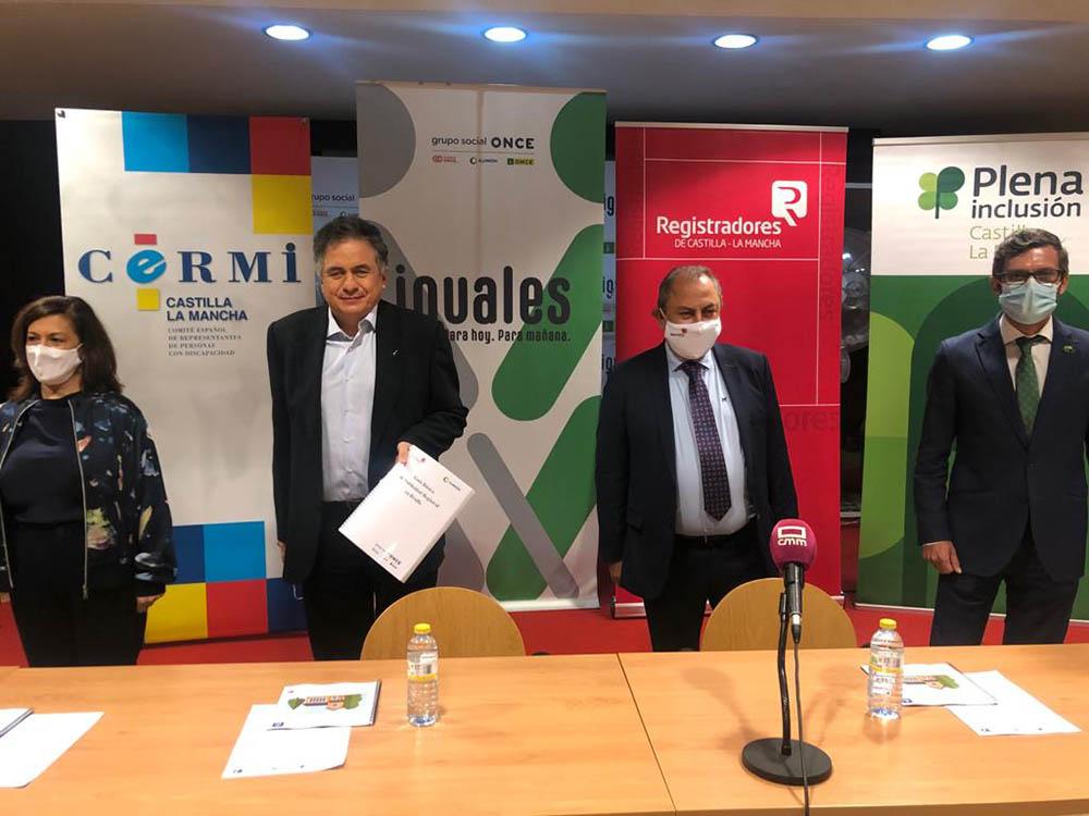 Foto de Familia Rueda de prensa