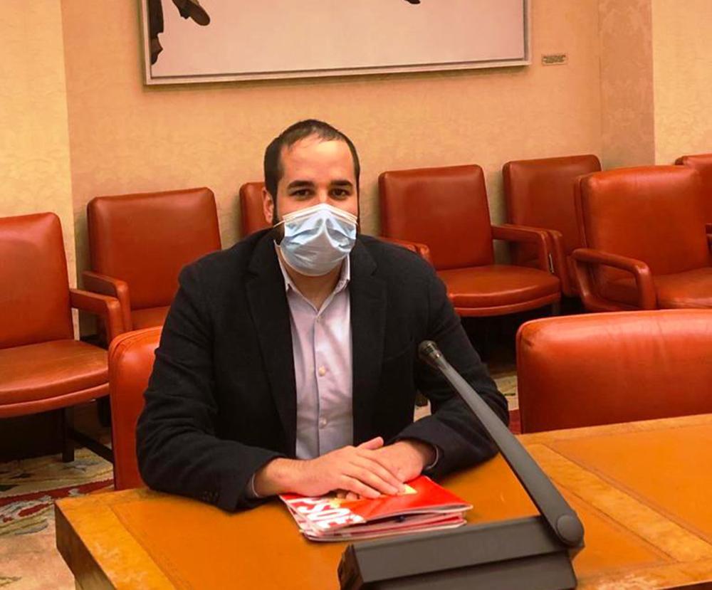Miguel Gonzalez en la Comision