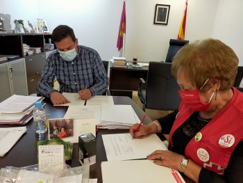 Villacañas firma convenio cruz roja 1