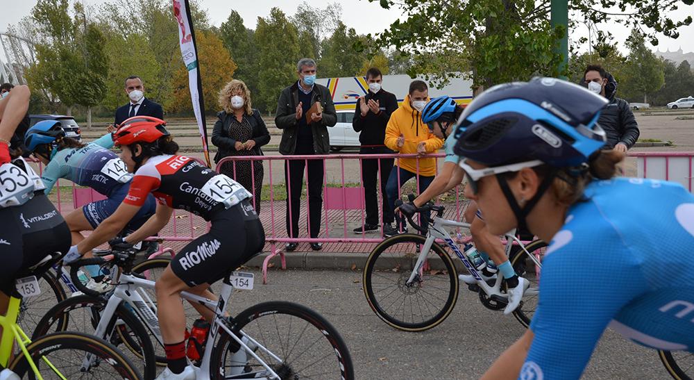 Álvaro Gutiérrez foto vuelta ciclista España femenina 06112020