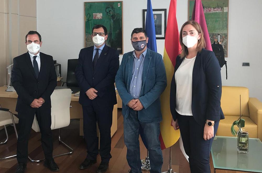 Reunión con alcalde de Méntrida (3)
