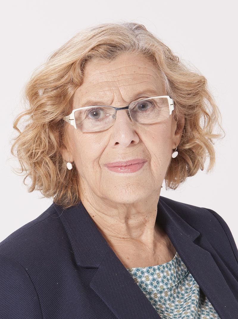 Manuela Carmena foto oficial 2015 de David Arenal (Ahora Madrid)