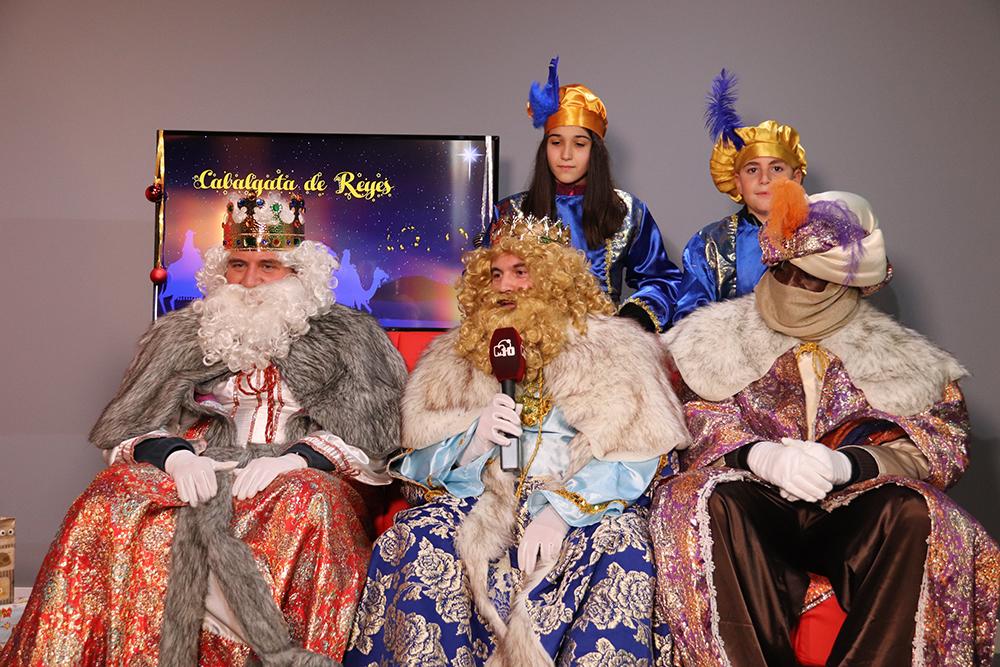 Manzanares Visita Reyes Magos a tv municipal en 2020