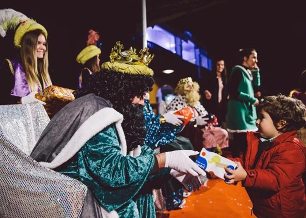 Reyes Magos solidarios/  Foto cedida por Cabalgata de Puerto Portals