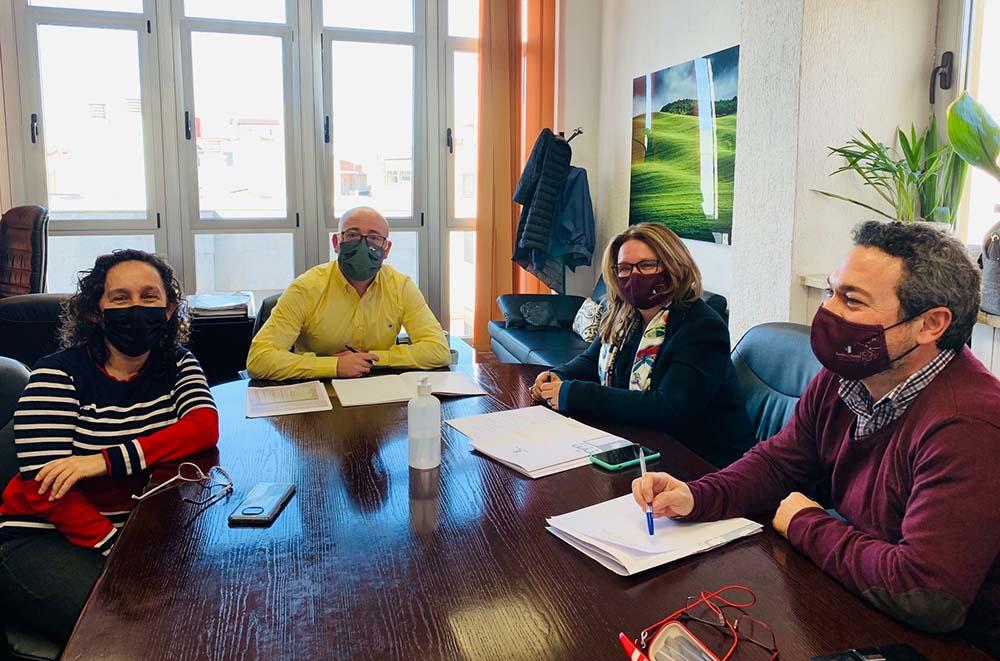 Reunión Cruz Ponce y Ramón Sáez- Segundo pago reestructuración del viñedo