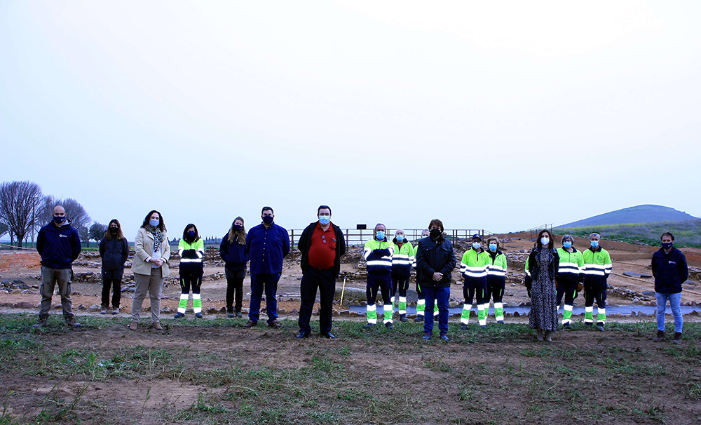 granatula con alumnos profes y autoridades