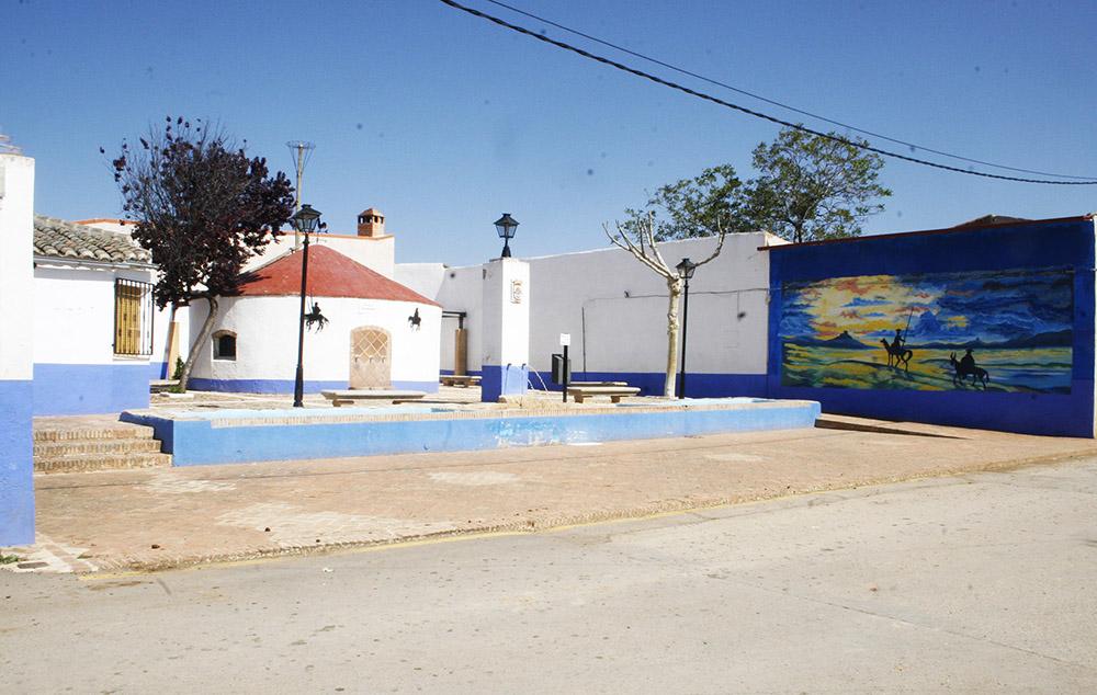 Aldea del Rey acoge el mural de Carlos Alañón