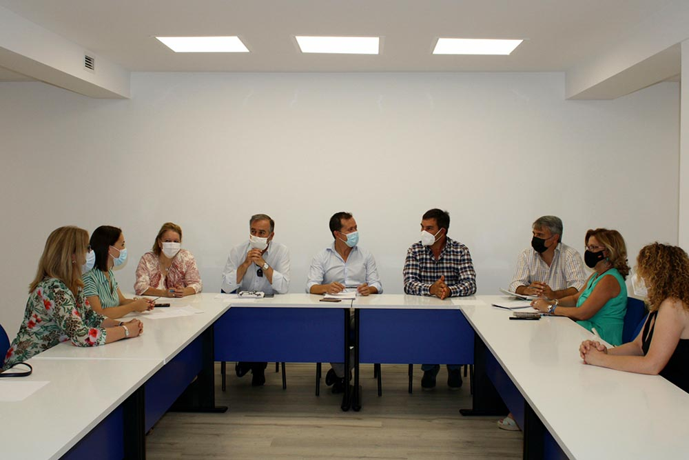 Velázquez reunión sector ganadero - 020821